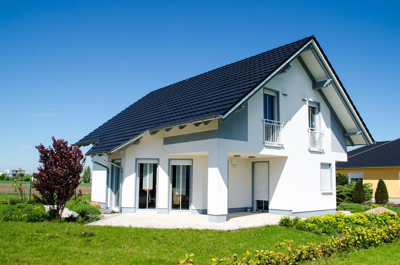 alles rund ums dach vom dachstuhl bis zur dacheindeckung laubvogel sanit rtechnik gmbh. Black Bedroom Furniture Sets. Home Design Ideas